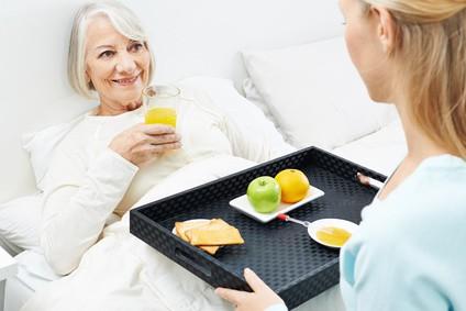 Häusliche Pflege: So finden Sie einen guten Pflegedienst